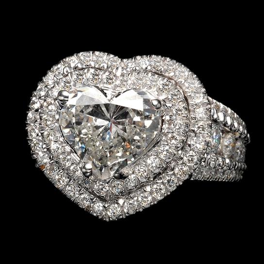 Кольцо с бриллиантами   Изображение