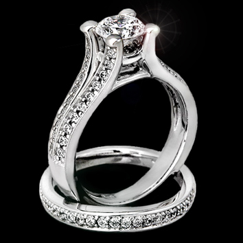 Кольцо с бриллиантом, фото